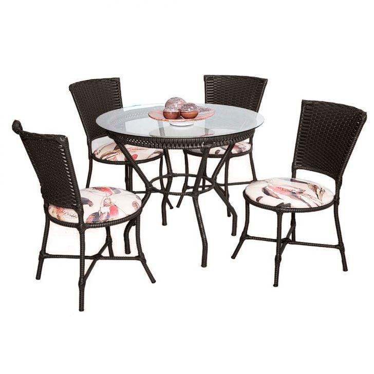 Conjunto Genyfercom 04 cadeiras e 01 mesa