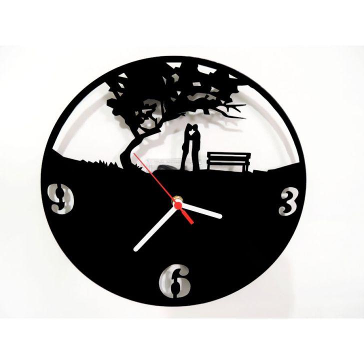93c77928171 Relógio de Parede Decorativo - Modelo Casal Romântico