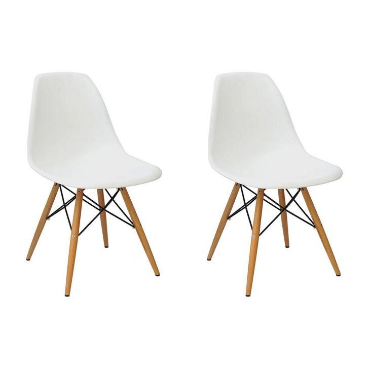 Conjunto com 2 Cadeiras Eames Branca Base Madeira