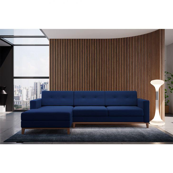 Sofá 3 Lugares Living com Chaise Pés e Base em Madeira Linho Cotton Azul Marinho