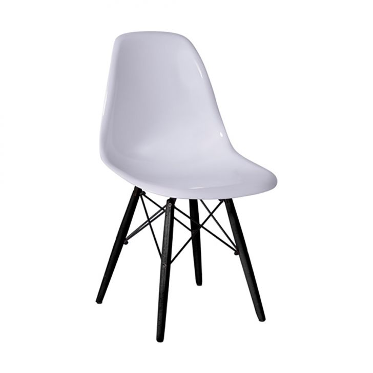 //staticmobly.akamaized.net/p/Or-Design-Cadeira-Eames-I-Branca-6432-456206-1-zoom.jpg