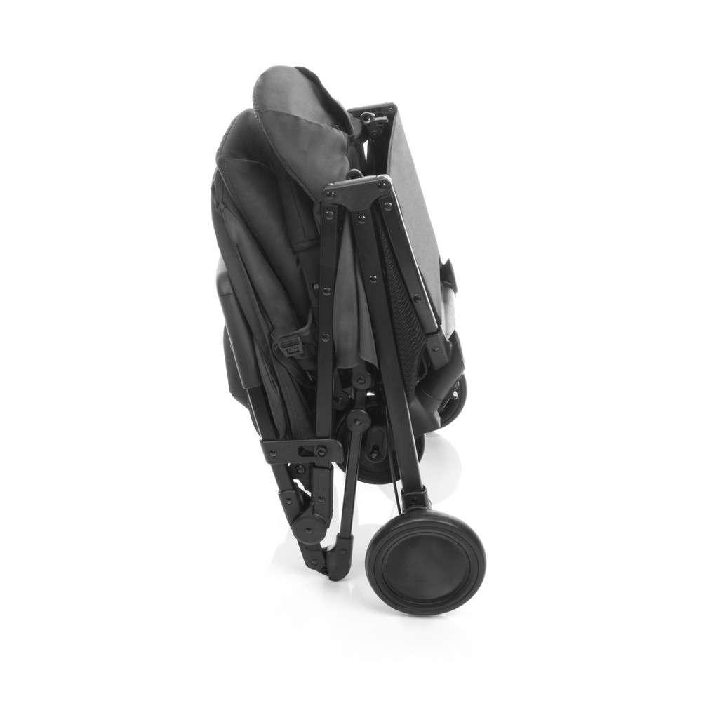 d346161ed91 ... Carrinhos de bebê · Cadeiras para Automóveis.  Imagens meramente  ilustrativas
